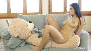 Big boobs busty Kira Queen in hardcore sex with plush toy teddy bear Carlos