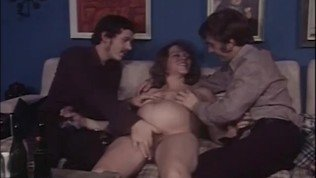 Bushy Pregnant MILF gets into Hardcore Threesome
